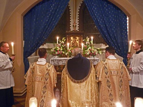0b7456e27726 Der Marienmonat Mai und der Rosenkranzmonat Oktober sind volkstümliche  marianische Zeiten im Kirchenjahr. Liturgisch jedoch ist der Advent der  marianischste ...